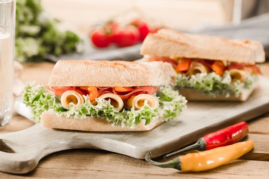 5 geniales ideas para emprender desde casa, emprende desde casa, sandwich