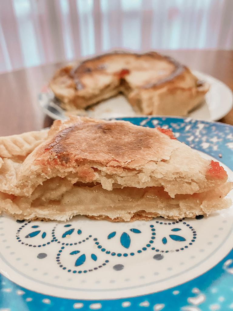 Pie de manzana SIN HORNO Porción servida